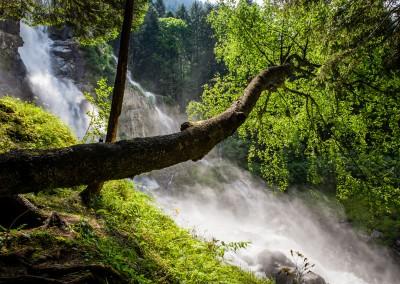 Andrea Mazzella, cascate Lares, Trentino