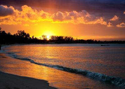 spiaggia di Pemba al tramonto, Mozambico