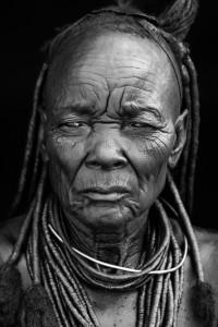 Anziana donna Himba, Namibia del nord, Andrea Mazzella, Serie Nam2008/01