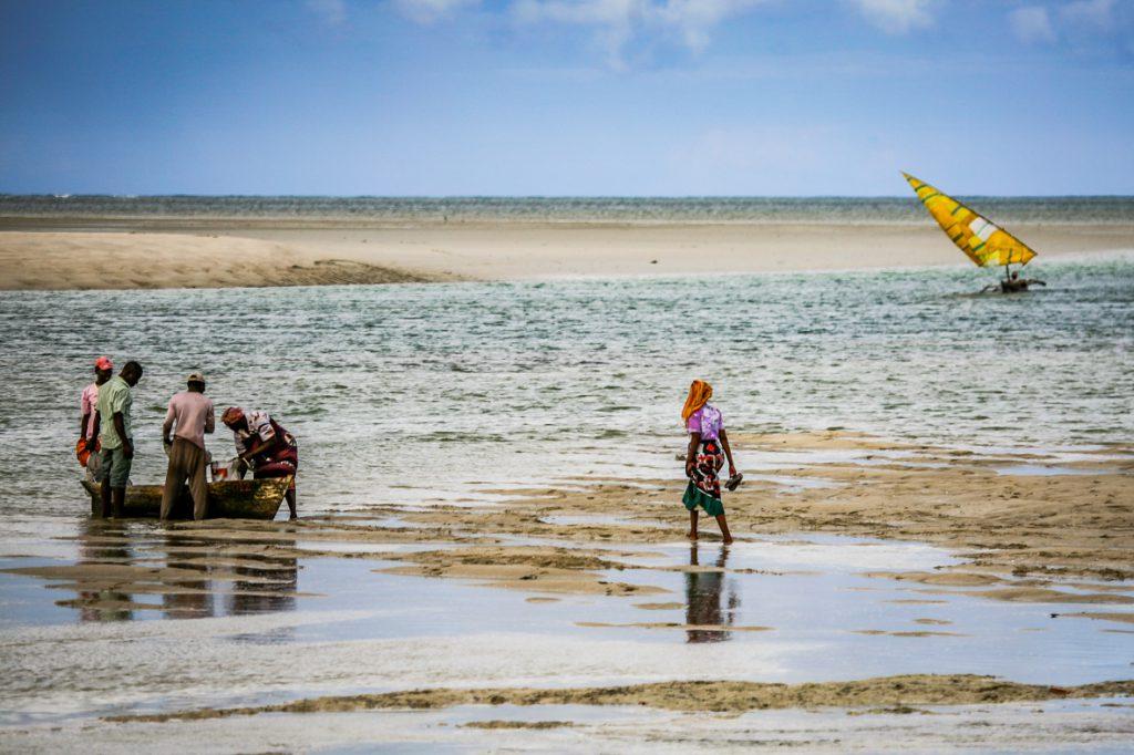 Rientro delle barche, Mozambico